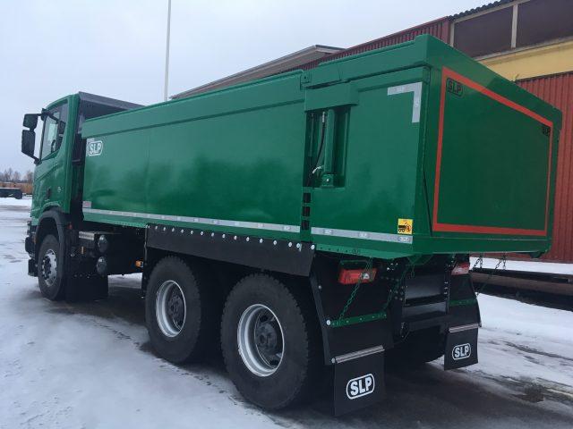 3-axlad gruvbil Scania, Sverige